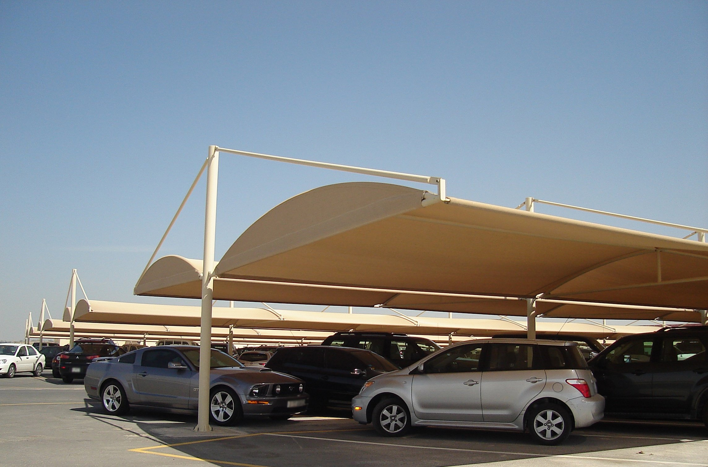 A guide to parking shades suppliers